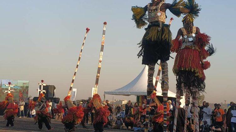 Lancement de la cérémonie du festival de la communauté dogon OGOBAGNA