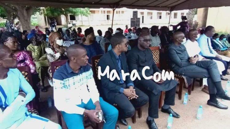 Dons de matériels informatiques au lycée Mamadou sarr de Lafiabougou